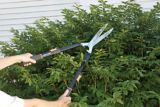 Fiskars Telescoping Power-Lever® Hedge Shears | Fiskars