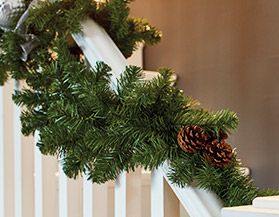 Canvas Unlit Christmas Wreaths & Garlands