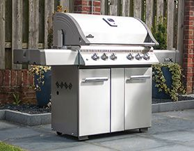 View All Napoleon BBQs