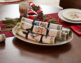 Christmas Crackers, Napkin Holders & Namecards
