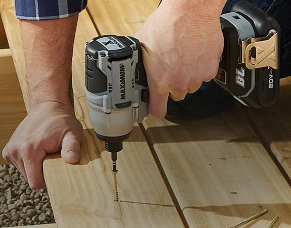 How to Choose an Impact Driver