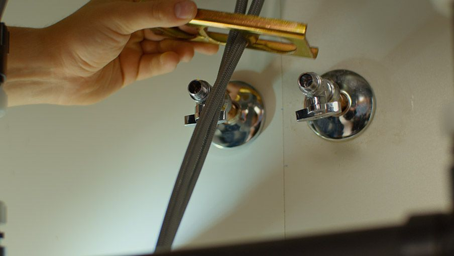 Comment installer un robinet d vier canadian tire - Comment devisser un robinet grippe ...