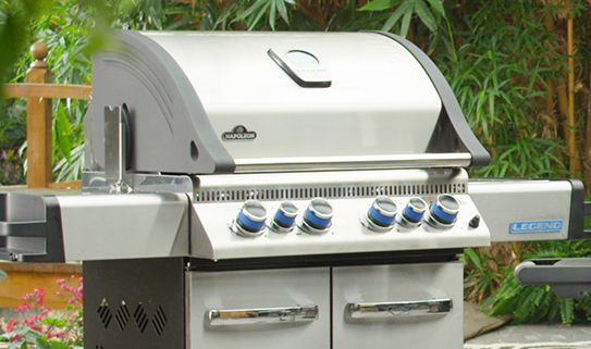 Discover our large BBQs