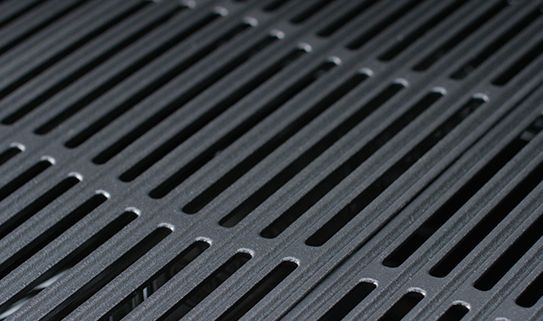 Discover double-stacked cast iron BBQ grates