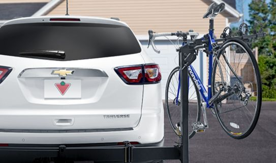 Swing-away lets you access your trunk with a loaded bike rack.
