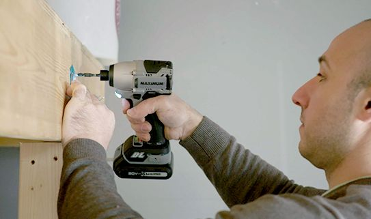 Discover our convenient cordless drills and drivers