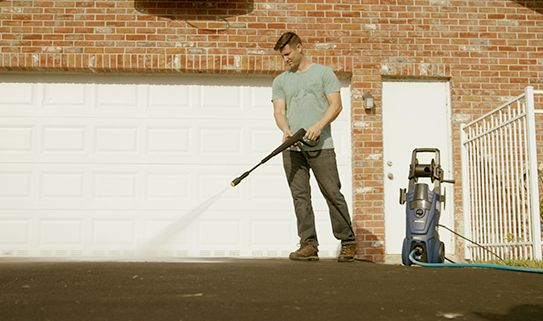 Find out which type of pressure washer is best for cleaning your deck