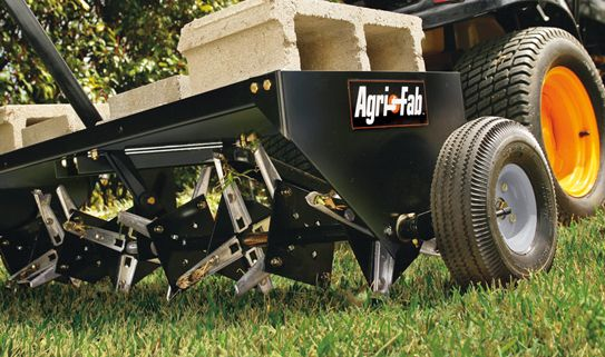 Discover our lawn aerators