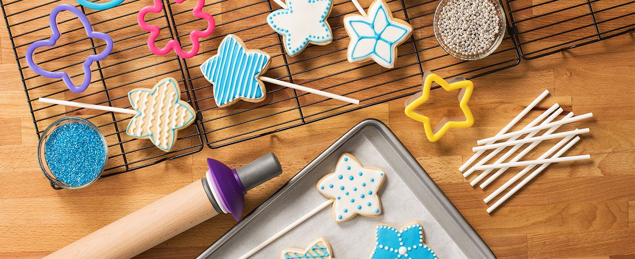 How to make star cookie pops. Play video
