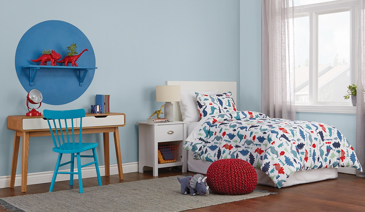 Paint fun accents with Premier.