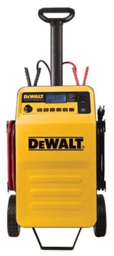DEWALT70A Wheeled Charger with 210A Engine Start