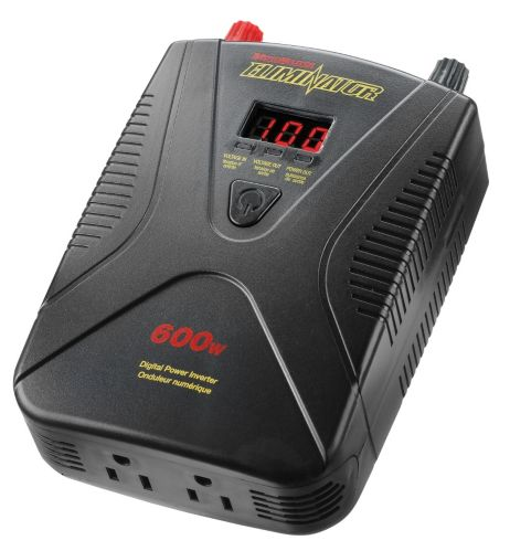 MotoMaster 600W Mobile Power Outlet and Inverter