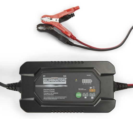 MotoMaster Eliminator Precision Series 15/1A Battery Charger & Maintainer