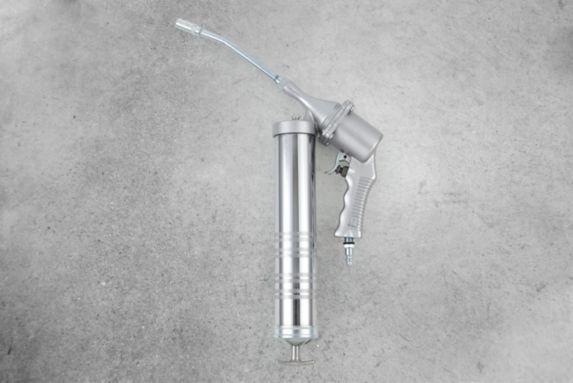 MotoMaster Air Powered Single-Action Grease Gun
