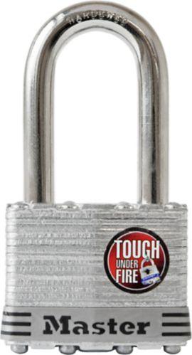 Cadenas en acier laminé Master Lock, 44 mm, arceau de 1 1/2 po Image de l'article