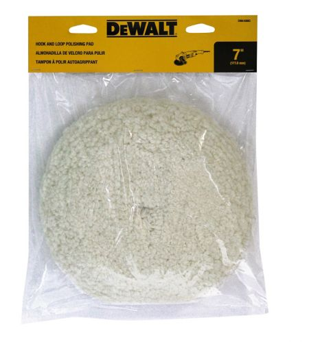 Tampon à polir autoagrippant DeWALT en laine d'agneau, 7 po