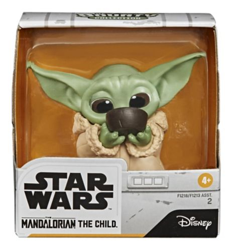 """Star Wars The Bounty Collection The Child The Mandalorian """"Baby Yoda"""" Figure, Assorted, 2.2-in"""