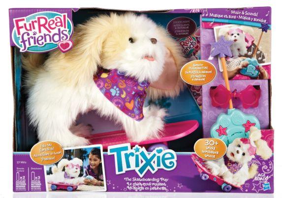 Chien Trixie Furreal Friends à planche à roulettes