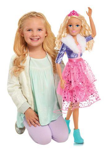 Poupée mode Barbie meilleure amie, 28 po Image de l'article