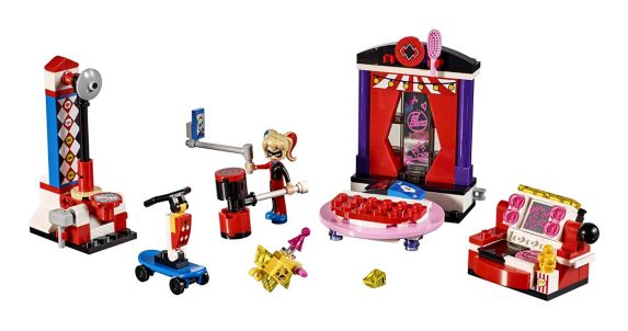 LEGO DC Super Hero Girls Harley Quinn Dorm, 176-pc Product image