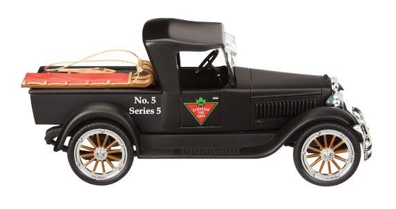 Camion à collectionner de la Société Canadian Tire 2017, échelle 1/24 Image de l'article