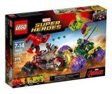 LEGO Marvel Super Heroes Hulk vs. Red Hulk, 375-pc | Legonull