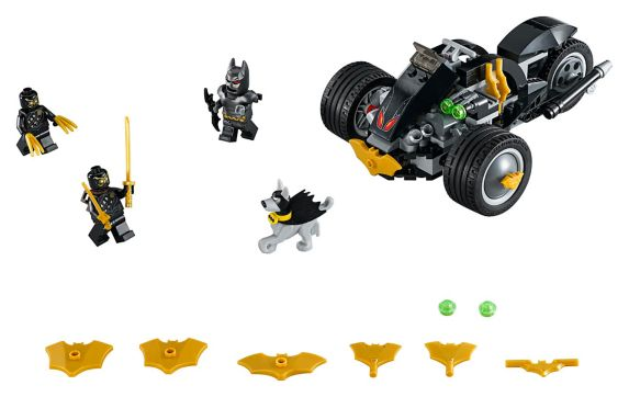 LEGO® DC Super Heroes Batman™: The Attack of the Talons - 76110