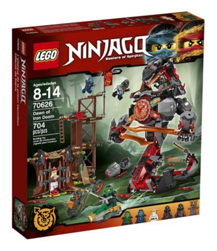 LEGO Ninjago L'attaque de la prison Vermillion, 704 pièces Image de l'article