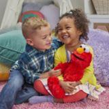 Elmo Sesame Street à câliner | Hasbronull