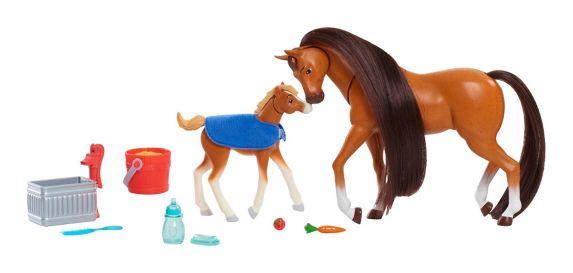 Spirit Riding Free Feed & Nuzzle Horse Set, 2-pk Product image