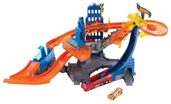 Hot Wheels Colour Shifter Flame Fighters Track Set