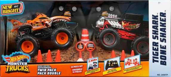 New Bright 1:24 R/C Monster Truck Twin Pack Play Set with Ramps, Assorted