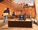 Bosch Power Boss Jobsite Radio & Charger with 360° Sound | Bosch | Canadian Tire