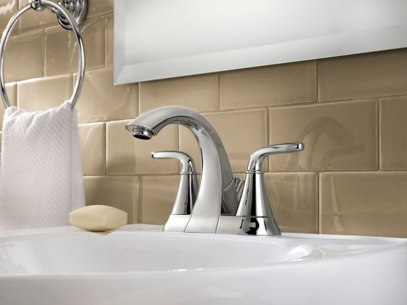 Robinet de lavabo Pfister Pasadena à 2 manettes, chrome Image de l'article