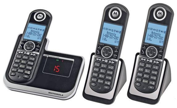 Motorola 3-Handset Cordless Phone with Digital Answering Product image