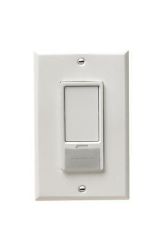 Chamberlain MyQ Remote-Light Switch Product image
