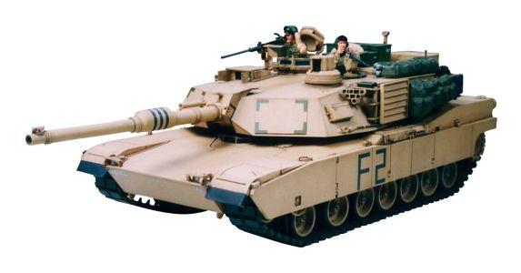 Tamiya 1:35 M1A2 Abrams Main Battle Tank Model Kit