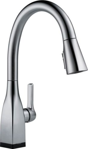 Delta Mateo Pull-Down Kitchen Faucet with Touch2O, Arctic Stainless