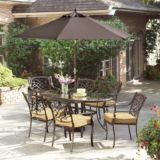 Table de jardin à plateau en verre La-Z-Boy, collection Camden | La Z Boy Outdoornull