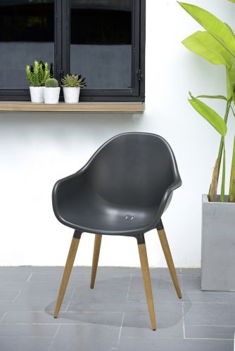 CANVAS Contempo Bucket Chair