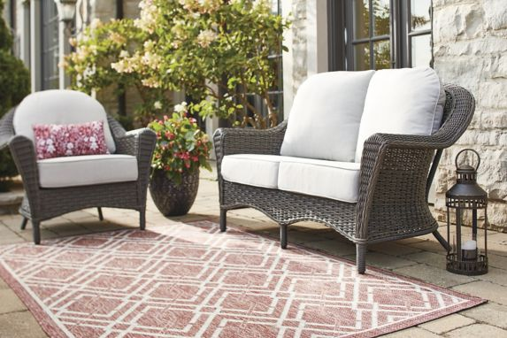 CANVAS Summerhill Patio Loveseat Product image