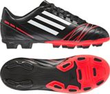 Chaussures à crampons de soccer Adidas Conquisto, junior, noir | Adidasnull