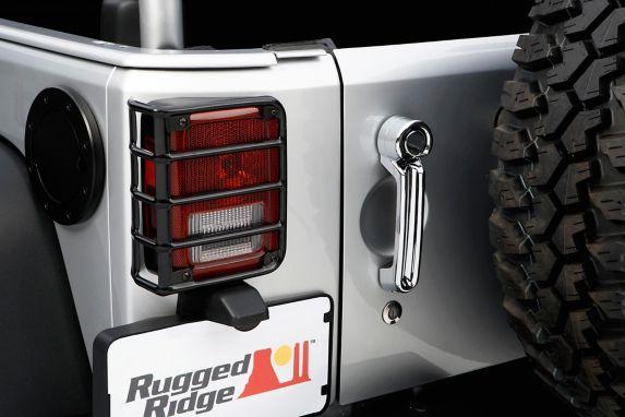 Protecteurs de feux arrière euros Rugged Ridge pour Jeep, noir, 2 pces Image de l'article