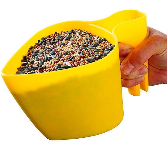 Perky Pet 4 Cup Bird Feeder Scoop, Yellow