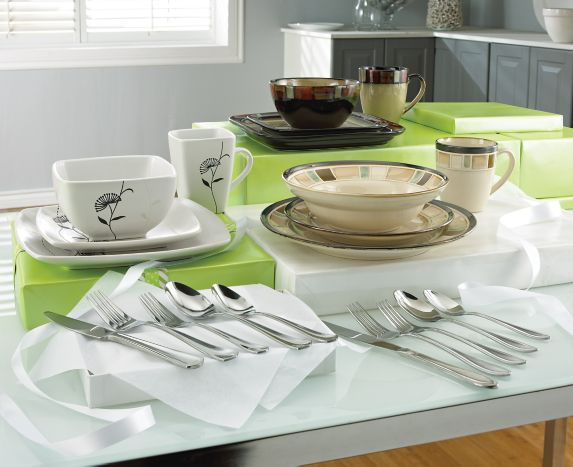 Service de vaisselle fleur sauvage Cuisinart, 16 pces Image de l'article
