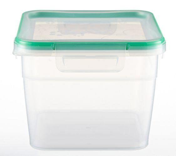 Contenant carré profond en plastique Snapware, 10,5 tasses