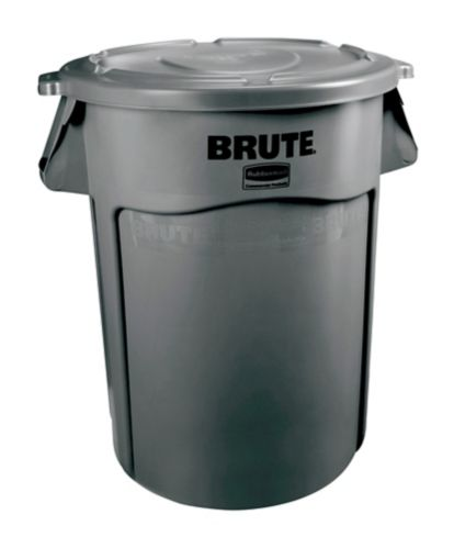Brute Outdoor Garbage Bin, 121-L Product image