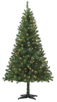 Living Pre-Lit Nordic Christmas Tree