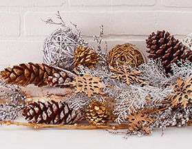 Decorative Christmas Picks & Sprays