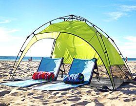 Parasols et abris pour la plage